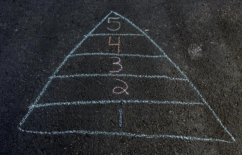 game drawn with chalk