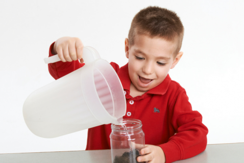 Use the powers of observation to examine what's in your soil. Kids of all ages will dig this simple experiment.